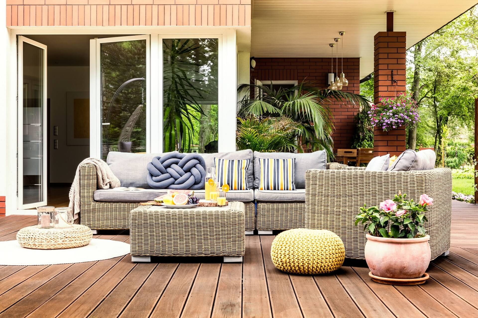 Denton TX Professional Landscapers & Outdoor Living Designs Home Page Image-We offer Landscape Design, Outdoor Patios & Pergolas, Outdoor Living Spaces, Stonescapes, Residential & Commercial Landscaping, Irrigation Installation & Repairs, Drainage Systems, Landscape Lighting, Outdoor Living Spaces, Tree Service, Lawn Service, and more.